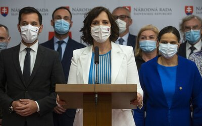 Za ľudí nepodporí plošné testovanie na celom Slovensku. Vláda musí čo najrýchlejšie očkovať a počúvať odborníkov.