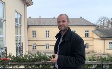 29-ročný Matúš býva sám v historickom kaštieli. Občas má nepríjemný pocit, no strach nerieši (Rozhovor)