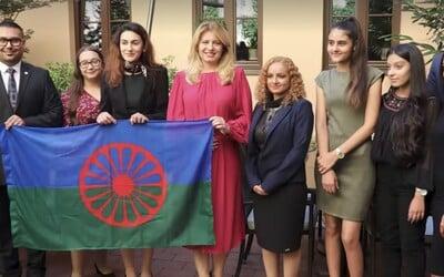 """Slovenská prezidentka Zuzana Čaputová k Romům promluvila romsky: """"But bacht the sastipen tumenge savorenge."""""""