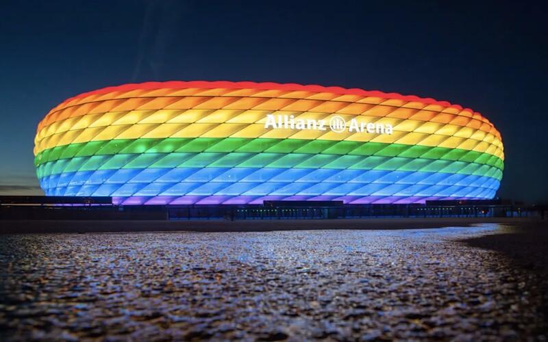 Němci chtějí v zápase proti Maďarsku osvětlit stadion v barvách duhy. Reagují tak na Orbánův anti LGBT+ zákon.