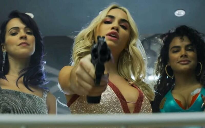 Nahé ženy, mafie, drogy a vraždy. Tvůrci Money Heist natočili seriál Sky Rojo.