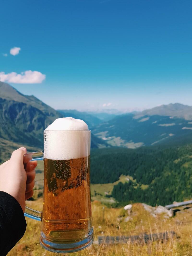 Koľko litrov mal podľa teba najväčší pohár piva?