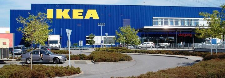 Mladá fotografka bydlela střídavě 3 týdny v obchodním domu IKEA, aniž by si toho někdo všiml
