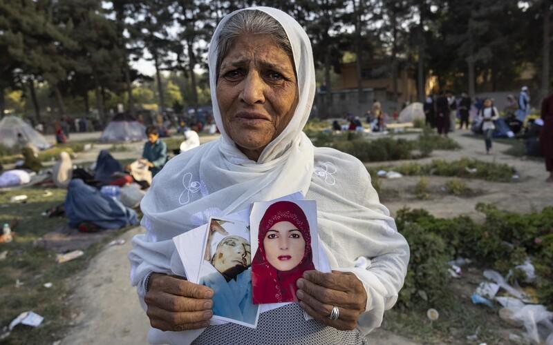 Tálibán setnul hlavu mladé volejbalistce, říká její trenér. Další sportovkyně žijí v zoufalství a strachu.