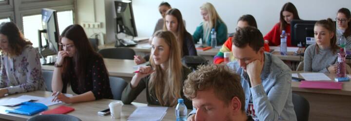 Ukrajinským študentom sa v Prešove páči, na univerzite ich študuje viac ako 800. Robia pre nich aj ukrajinské párty