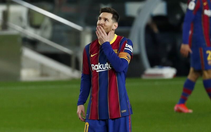 Lionel Messi nadobro opúšťa FC Barcelona. Nepodpísal nový kontrakt.