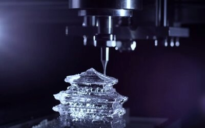 3D ľadové predmety v reklame na kvalitnú whisky
