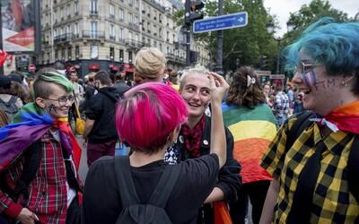 V Chorvátsku si homosexuálne páry budú môcť adoptovať deti, rozhodol súd.