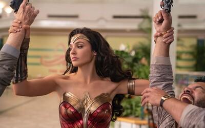 Warner Bros. odložilo Wonder Woman 1984 o 2 mesiace. Film uvidíme až pred Vianocami a Dunu možno až v roku 2021