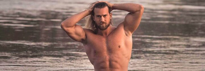 Striptér Henrik: Keď tancujem na rozlúčke so slobodou, je bežné, že mi opitá nevesta po vystúpení navrhne sex (Rozhovor)