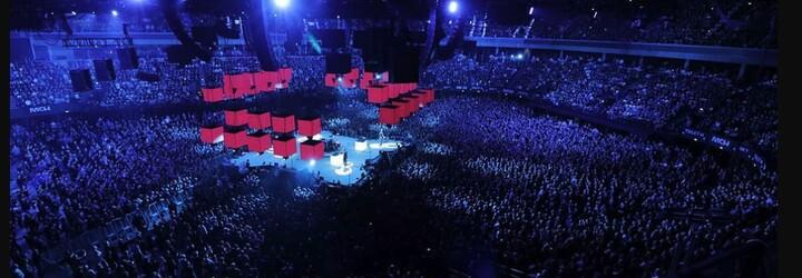 Metallica překvapila Prahu živou verzí skladby Jožin z bažin od Ivana Mládka