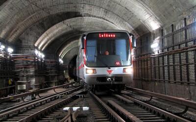 Stanice metra Českomoravská a Hradčanská jsou pokryty LTE sítí. Do konce roku se zavede na dalších 11 stanicích.