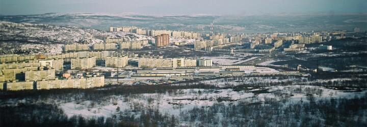 Murmansk: Největší město za polárním kruhem vymírá, za posledních 20 let z metropole odešlo 200 000 obyvatel