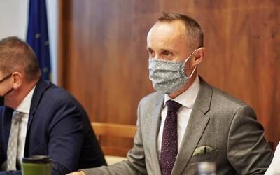 Koalícia má o ďalšieho poslanca menej. Vystupuje z nej Tomáš Valášek zo strany Za ľudí.