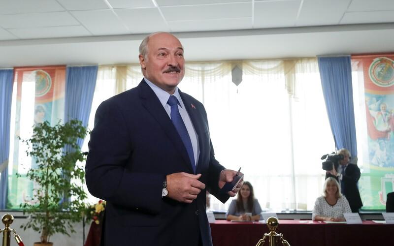 Demonstrace v Bělorusku jsou řízeny z Česka, tvrdí Lukašenko.