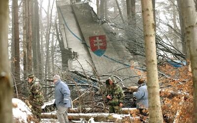 Pred 15 rokmi sa odohrala najväčšia letecká katastrofa v histórii Slovenska. Pri návrate do vlasti zahynulo 42 vojakov.