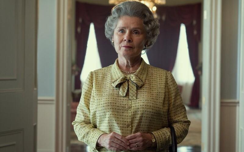 Takto bude vyzerať kráľovná Alžbeta II. v pokračovaní seriálu The Crown. Hrá ju zákerná profesorka z Harryho Pottera.