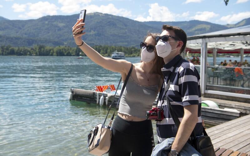 Jste v Chorvatsku? Sbalte si kufry a vraťte se ihned domů, vzkázalo svým turistům Rakousko.