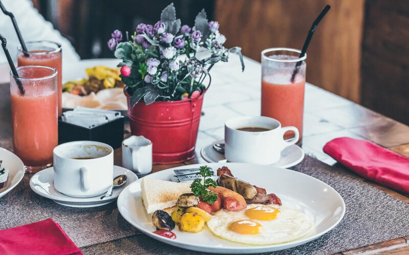 Podívej se, kam v Praze vyrazit na dobré jídlo. Poradí ti tiktokeři Where in Prague.