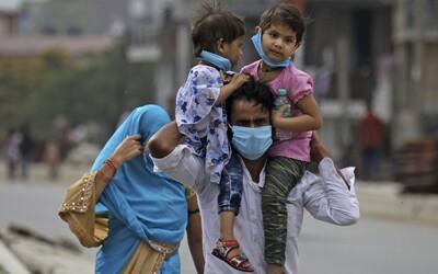 Superpřenašeč v Indii dostal 40 tisíc lidí do karantény, sám koronaviru podlehl.