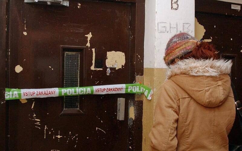 Mladá mamička po nehode v bratislavskom výťahu prehrala boj o život.