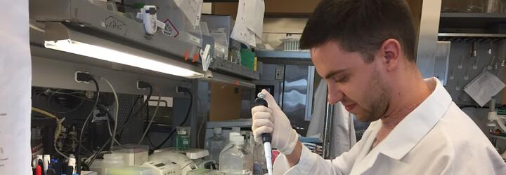 Mladý Jozef hľadal v USA liek na Alzheimerovu chorobu po boku vedeckej špičky. Aj napriek pobytu však ostane pracovať na milovanom Slovensku