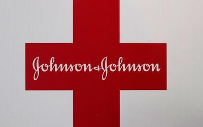 Vakcína od firmy Johnson & Johnson môže vyvolať krvné zrazeniny. Z vyše 7 miliónov zaočkovaných evidujú 8 prípadov.