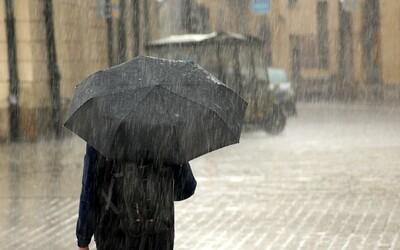 Předpověď počasí na tento týden: Letní teploty, které se vyšplhají až na 28 °C, utnou bouřky a déšť.