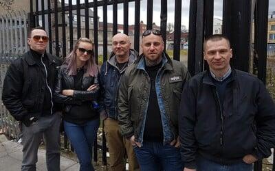 Trojica členov extrémistickej kapely Krátky proces zostáva vo väzbe, bubeníka Horkýže slíže pustili na slobodu