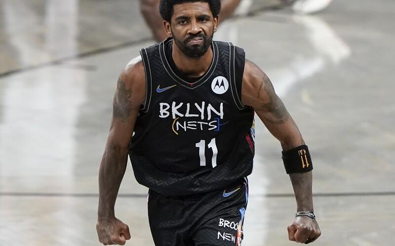 Basketbalista Kyrie Irving nemôže hrať ani trénovať, kým sa nedá zaočkovať. Klub zaujal razantné stanovisko.