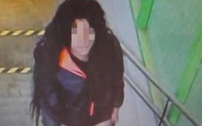 V Trenčíne dobodal 17-ročné dievča a odišiel na pivo. Polícia už páchateľa obvinila.