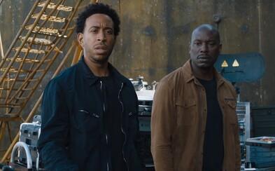 5 nejšílenějších momentů z traileru pro Rychle a zběsile 9: Vin Diesel je Superman a auta mají místo motorů rakety