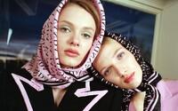 5 najvýraznejších prehliadkových momentov z týždňa módy v Prahe. Zahviezdilo duo Laformela aj Vanda Janda