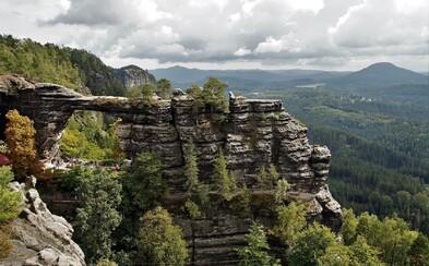 5 nejlepších českých vyhlídek, ze kterých můžete pozorovat krásy naší přírody