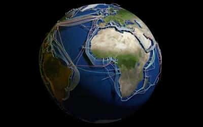 Podívej se na unikátní 3D mapě, jak svět propojují podvodní kabely.