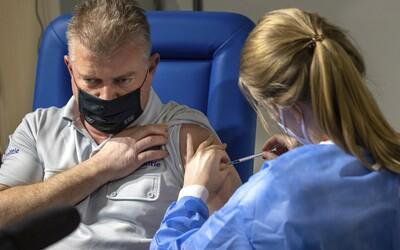 Cez týždeň pribudne zhruba 70 000 termínov na očkovanie vakcínami od spoločností Pfizer a AstraZeneca.