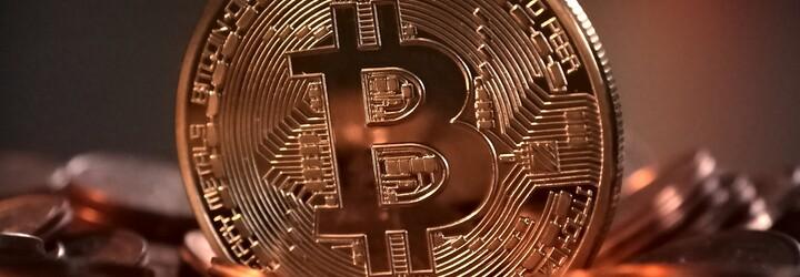 KFC začalo nabízet kyblík za bitcoiny. První várka speciální edice se okamžitě rozprodala