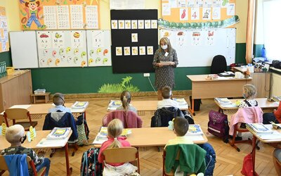 Covid-19 zasiahol základnú školu blízko Prievidze. Žiaci aj učitelia majú povinnú karanténu.