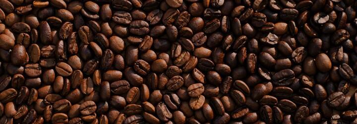 Chýba ti doma kofeín? Prevedieme ťa domácou prípravou kávy od A až po Z