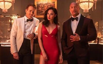 Netflix zverejnil trailer nového akčného filmu Red Notice. Zahrajú si v ňom Dwayne Johnson, Ryan Reynolds a Gal Gadot.
