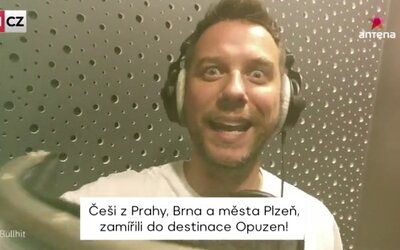 Chorváti zložili pre Čechov pesničku, v ktorej im ďakujú. Oslavujú návrat turistov.
