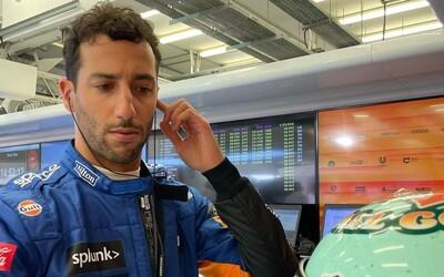 Toto je Daniel Ricciardo. Vymenil plat za 25 miliónov eur, aby sa stal majstrom sveta, ale so svojím magickým úsmevom sa nestratí