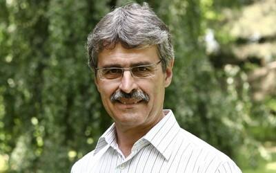 Zomrel bývalý primátor Bratislavy a exminister školstva Milan Ftáčnik.