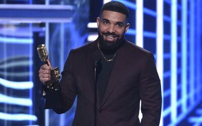 Drake, The Weeknd a J. Cole uspořádali videohovor s 11letým chlapcem těsně předtím, než podlehl rakovině.