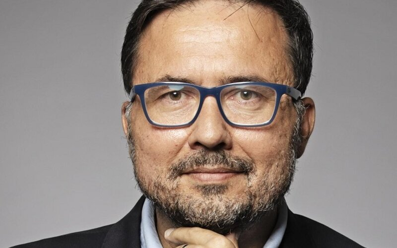 Seznam zprávy vyhodily zástupce šéfredaktora. Jiří Hošek je podle zdrojů iDNES podezřelý ze sexuálního obtěžování kolegyň,