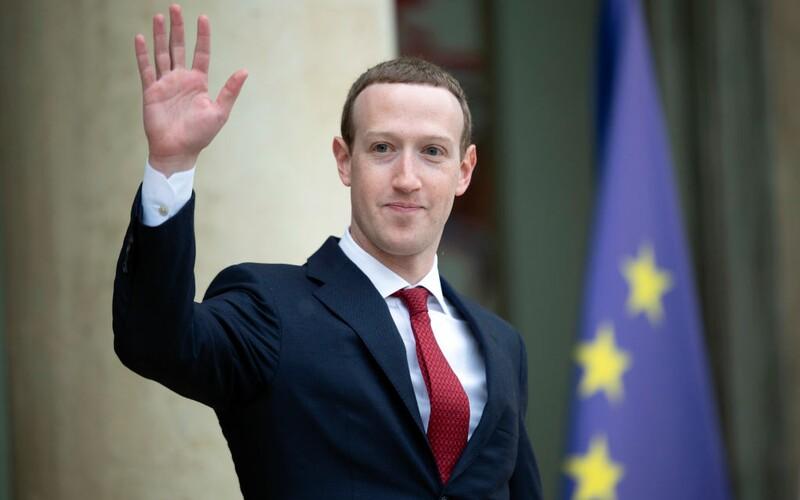 Na Facebooku jsou miliony VIP uživatelů. Mohou si psát téměř, co chtějí.