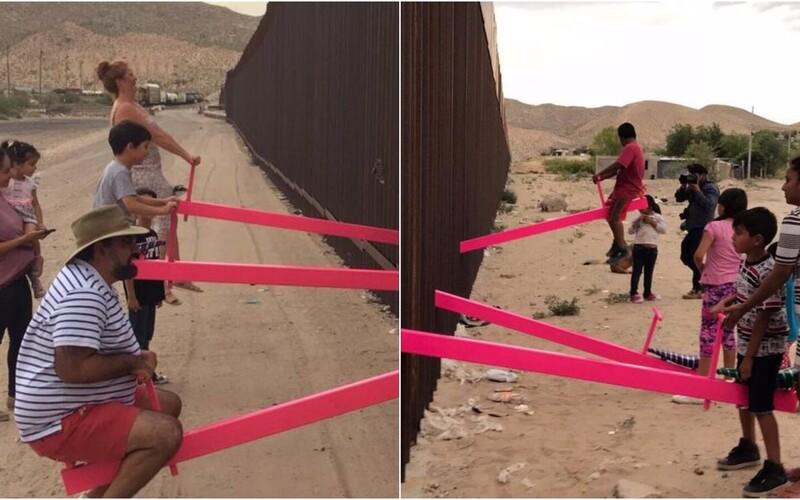 Najlepším dizajnom roka 2020 sa stali ružové hojdačky na Trumpovom múre rozdeľujúcom USA a Mexiko.
