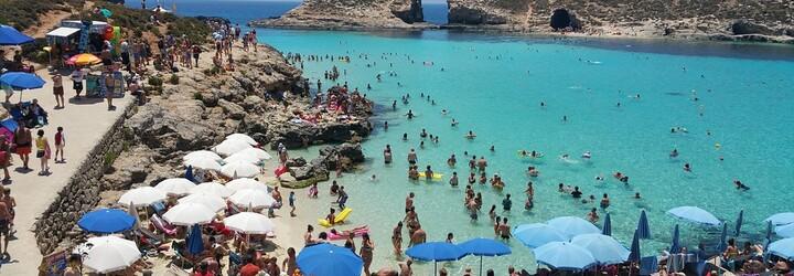 Oblíbená ostrovní destinace v Evropě ti dá kapesné 200 eur, pokud ji navštívíš v rámci letní dovolené