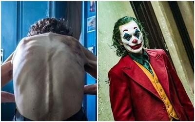 Joaquin Phoenix kvůli hubnutí na roli Jokera trpěl. Nyní naopak kvůli jiné roli výrazně přibral.