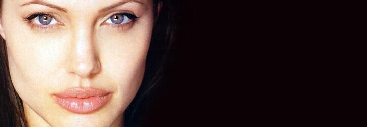 Brad Pitt pustil celý svět do své ložnice a pochlubil se intimními fotografiemi božské Angeliny Jolie
